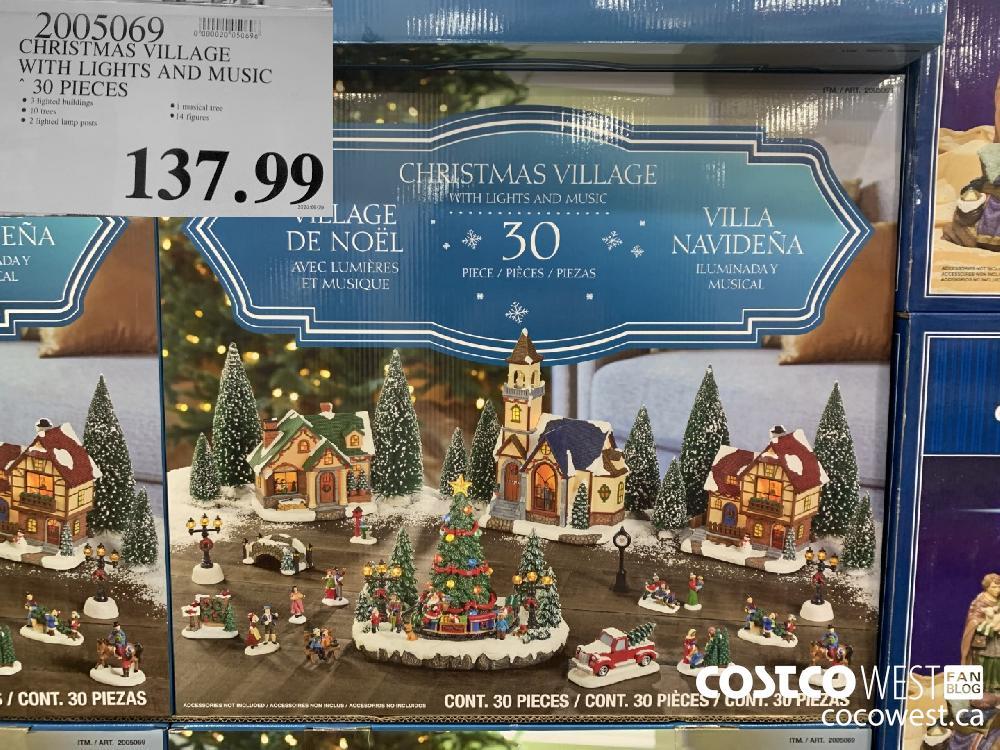 2005069 CHRISTMAS VILLAGE 30 PIECES 137.99