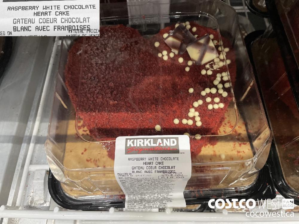 RASPBERRY WHITE CHOCOLATE HEART CAKE